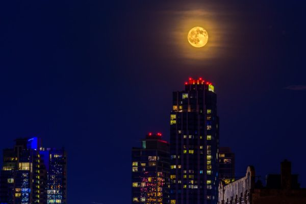 Williamsburg Full Moon
